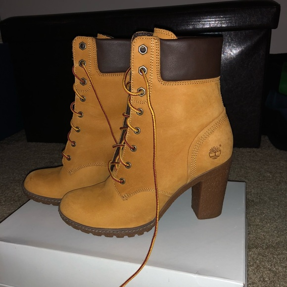 6affaa82770 Women s Timberland Heel Boots. M 5aeba73e2ae12f7f16118a5c